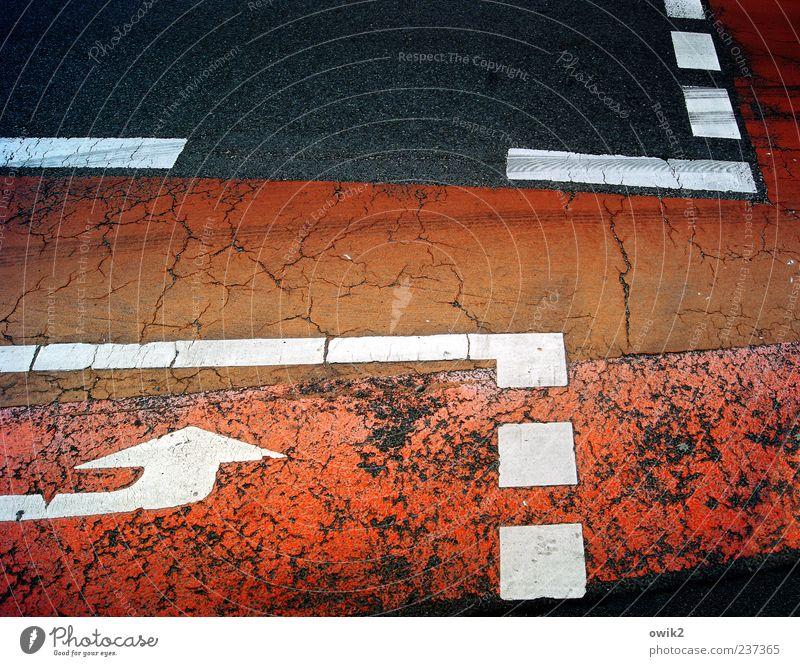 White Red Colour Black Street Line Orange Signs and labeling Arrangement Transport Asphalt Arrow Traffic infrastructure Risk Crack & Rip & Tear Clue