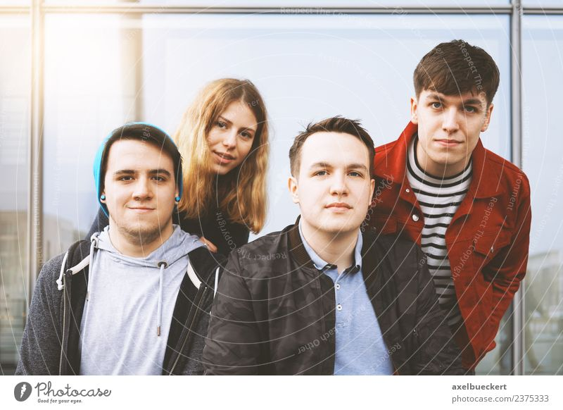 Group portrait of young urban teenager friends Lifestyle Leisure and hobbies Human being Young woman Youth (Young adults) Young man Woman Adults Man