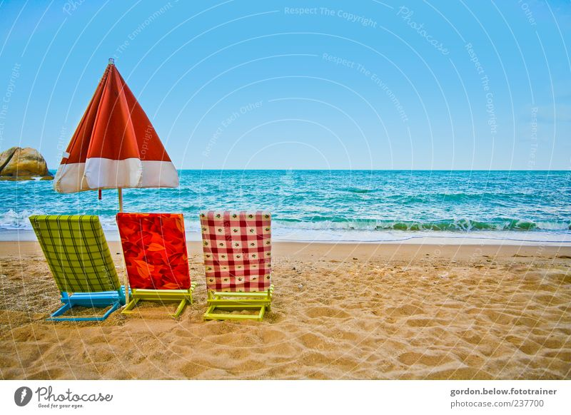 Water Ocean Blue Red Summer Beach Vacation & Travel Calm Far-off places Relaxation Landscape Coast Waves Trip Fresh Wellness