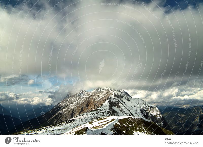 skyrocketers Sky Clouds Summer Autumn Snow Rock Alps Mountain Chalk alps Karwendelgebirge Peak Snowcapped peak Blue Gray Calm Relaxation Perspective