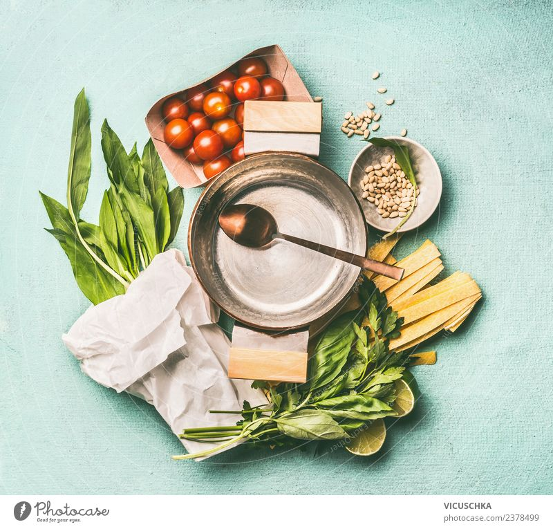 Wild garlic noodles Ingredients Food Vegetable Herbs and spices Nutrition Lunch Dinner Organic produce Vegetarian diet Diet Pot Spoon Style Design Healthy