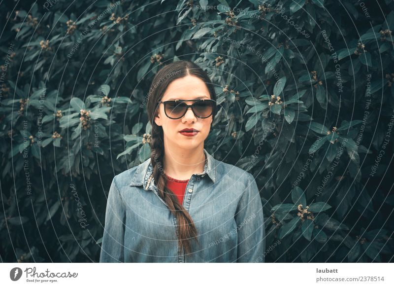 She with glasses Lifestyle Style Beautiful Lipstick Senses Relaxation Calm Vacation & Travel Tourism Sightseeing Young woman Youth (Young adults) Nature Plant