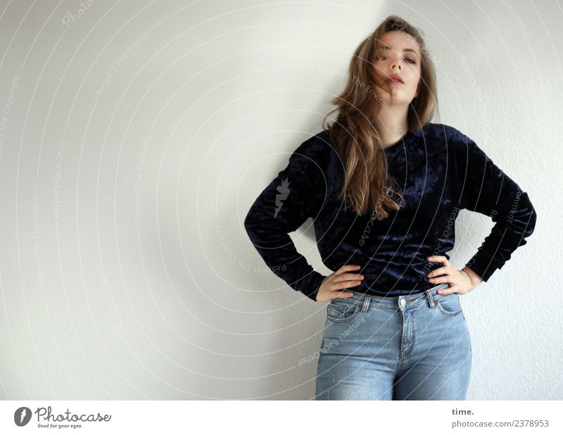 Nelly Feminine Woman Adults 1 Human being Jeans Sweater Blonde Long-haired Observe To hold on Looking Stand Cool (slang) Beautiful Self-confident Willpower