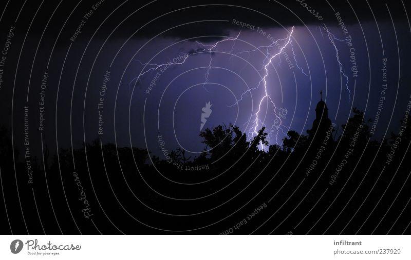flash picture Night sky Weather Storm Thunder and lightning Lightning Dark Blue Violet Black Dangerous Apocalyptic sentiment Energy Nature Environment