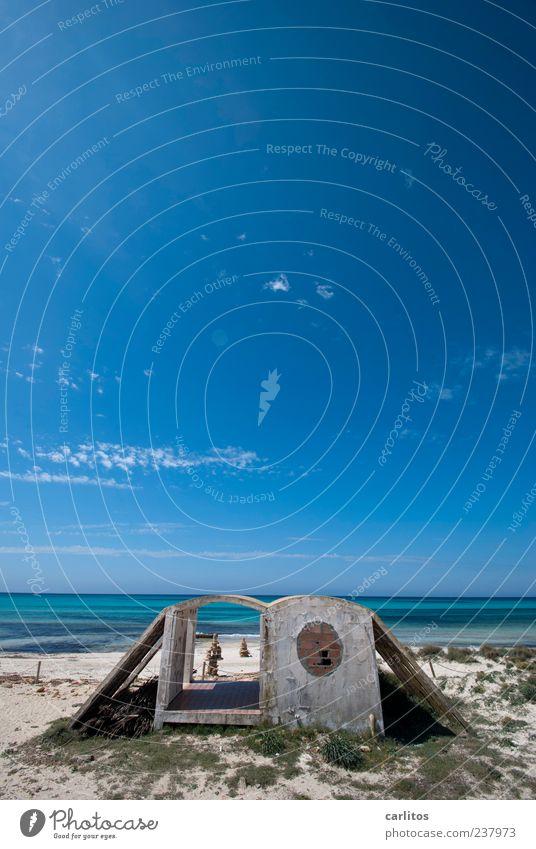 Sky Blue Water Vacation & Travel Ocean Summer Beach Far-off places Coast Sand Air Horizon Swimming & Bathing Waves Island Concrete