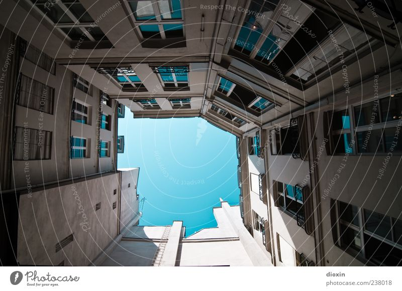 Sky Old Vacation & Travel House (Residential Structure) Window Wall (building) Architecture Wall (barrier) Building Facade Tourism Authentic Europe