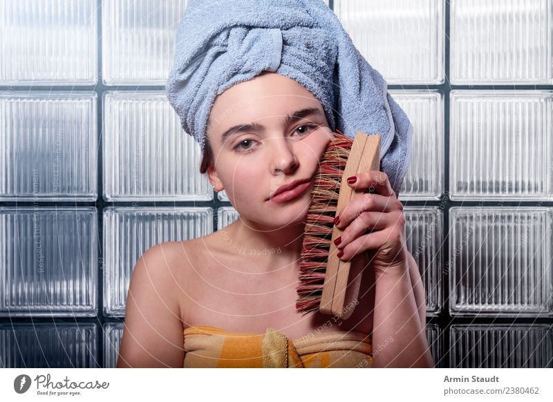 Frustrated wife brushes her face with a root brush Lifestyle Style pretty Personal hygiene Face Cosmetics Health care Medical treatment Well-being Senses