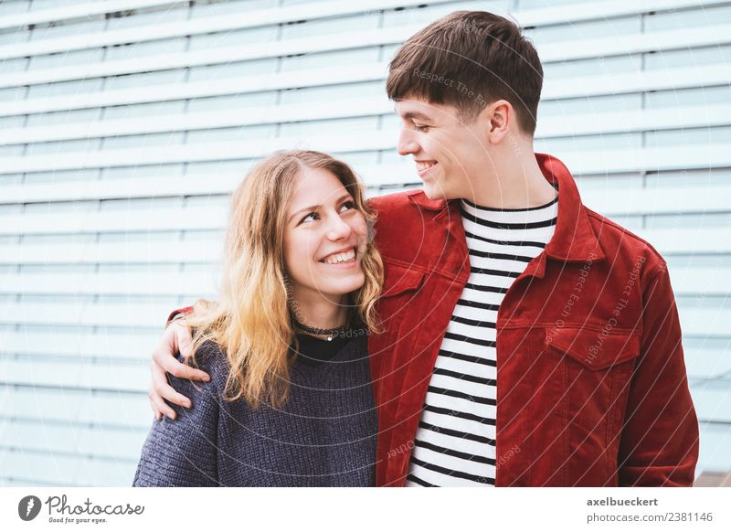 teenage couple in love Lifestyle Joy Leisure and hobbies Human being Young woman Youth (Young adults) Young man Woman Adults Man Brothers and sisters Friendship