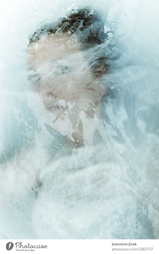 Water Sciences III Feminine Face 1 Human being Swimming & Bathing Looking Esthetic Exceptional Threat Cold Wet Beautiful Protection Fear Personal hygiene Art