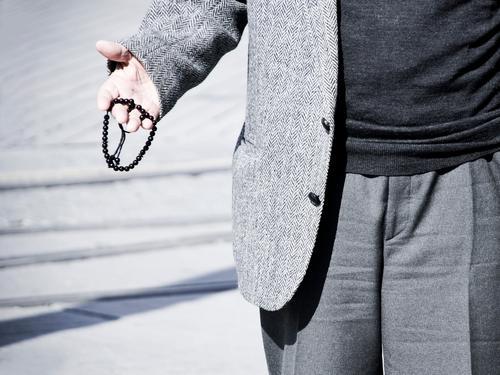 Insallah Human being Masculine Man Adults Male senior Senior citizen Life Hand 1 Gray Rosary Masbaha Tesbih Phylactery Prayer Religion and faith Islam Moslem
