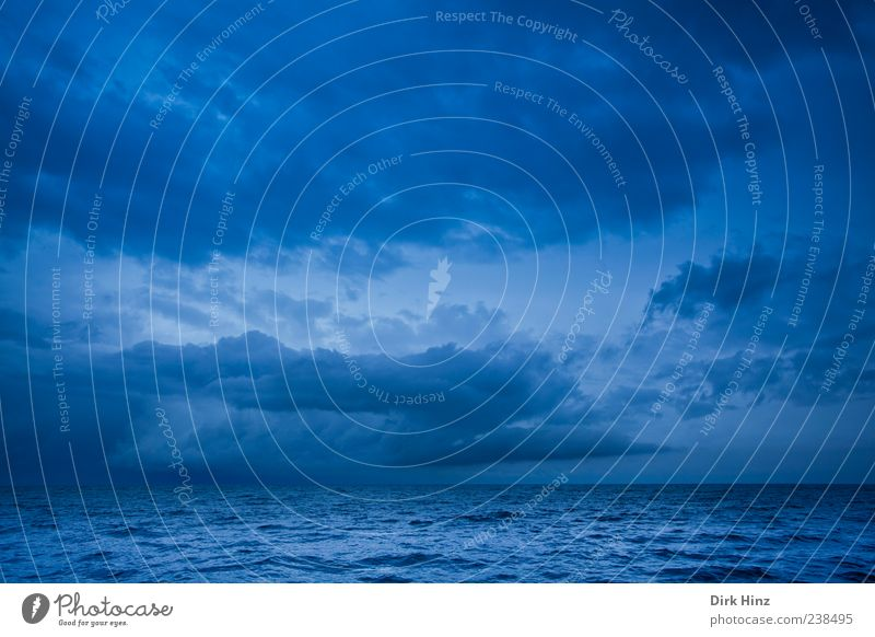 Sky Nature Water Ocean Loneliness Landscape Clouds Far-off places Environment Lake Horizon Weather Waves Perspective Dangerous Threat