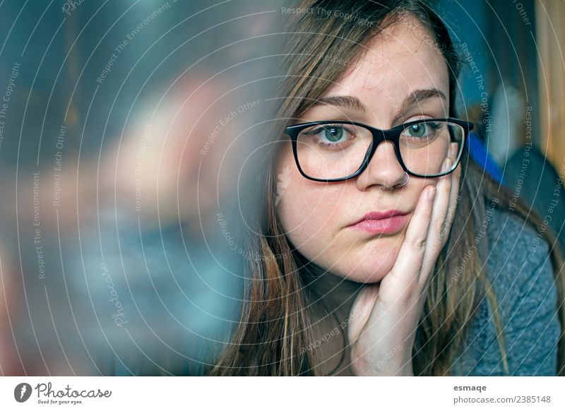 portrait of bored woman with glasses in room Lifestyle Human being Young woman Youth (Young adults) Woman Adults Eyeglasses Observe Think Study Natural Cute
