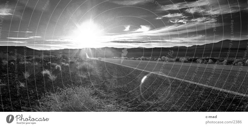 Sun Clouds Landscape Moody Empty USA Target Highway Dazzle Street Lens flare Nature Vanishing point Luminosity Building line Route 66