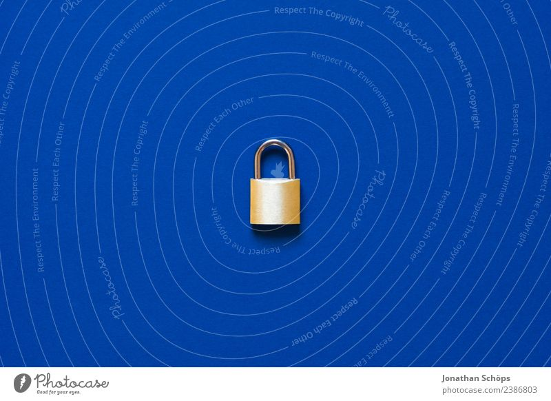 Blue Business Copy Space Gold Europe Telecommunications Safety Symbols and metaphors Information Technology Laws and Regulations Lock Data storage May Password