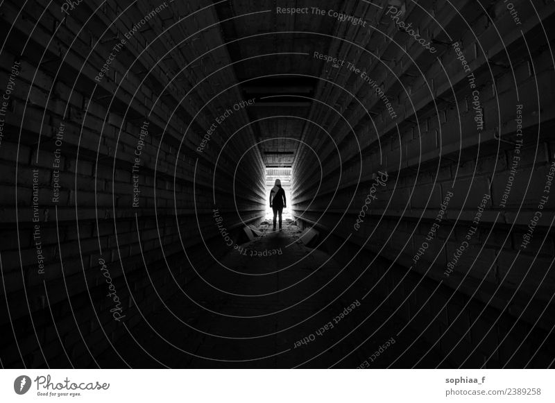 Tunnel Silhouette Body 1 Human being Industrial plant Factory Threat Dark Far-off places Black Power Willpower Brave Hope Sadness Concern Grief Death Fatigue