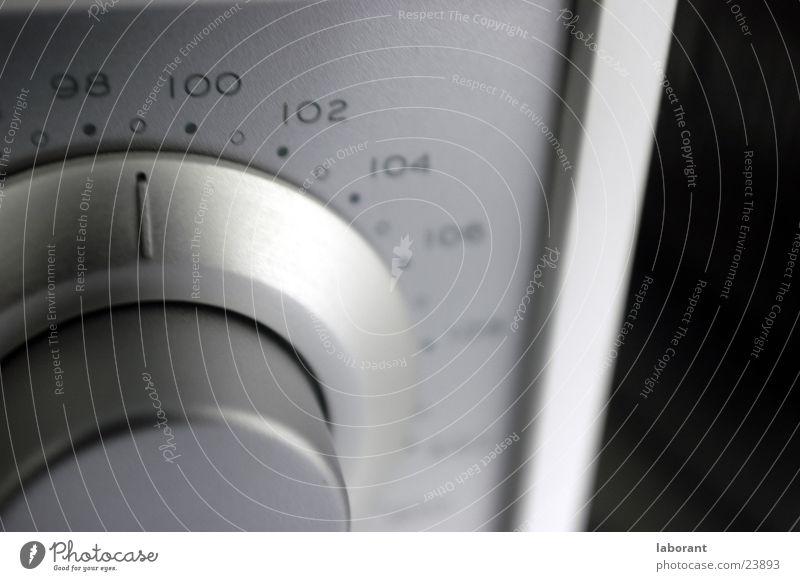 tivoli Scale Broacaster Radio (broadcasting) White Living or residing Tivoli Silver