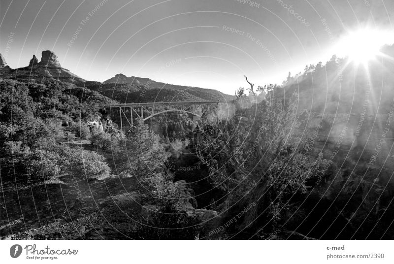 Sun Landscape Dazzle Valley Americas Back-light Luminosity Steel bridge Sedona