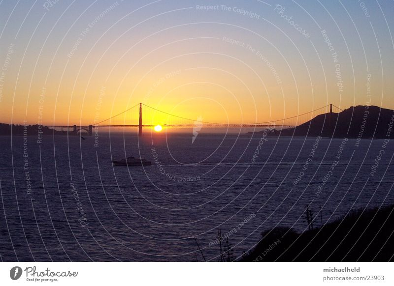 Golden Gate Sunset San Francisco Golden Gate Bridge Americas Watercraft Moody Dream North America Sky
