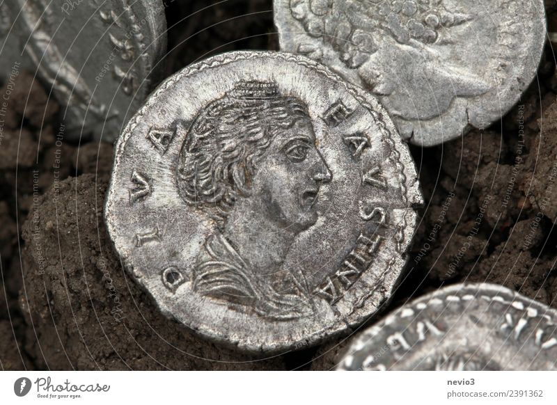 Roman silver coin find - Diva Faustina Business Woman Adults Art Collection Collector's item Metal Money Round Silver Luxury Accumulation Ancient Antiquity
