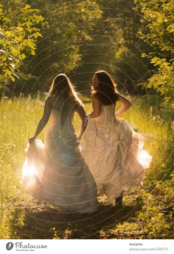 Human being Nature Youth (Young adults) White Green Beautiful Plant Adults Feminine Freedom Happy Fashion Couple Friendship Young woman 18 - 30 years
