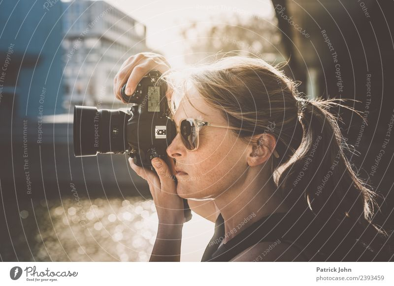 Take a picture Lifestyle Leisure and hobbies Vacation & Travel Tourism Sightseeing City trip Professional training Services Media industry Advertising Industry