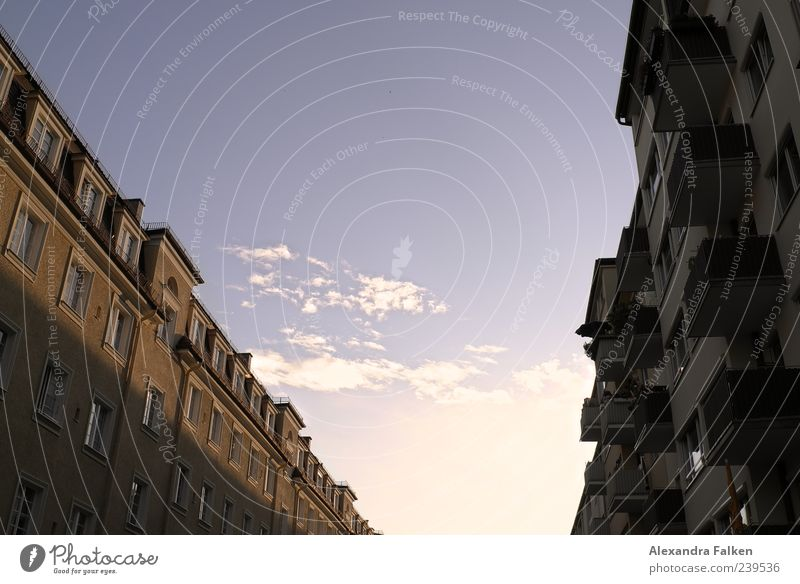 Sky City Clouds House (Residential Structure) Window Facade Munich Balcony Bavaria Housefront Schwabing