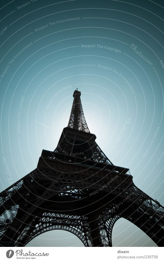 Sky Old Vacation & Travel Architecture Exceptional Large Authentic Tourism Europe Tower Manmade structures Historic Paris Landmark France Downtown