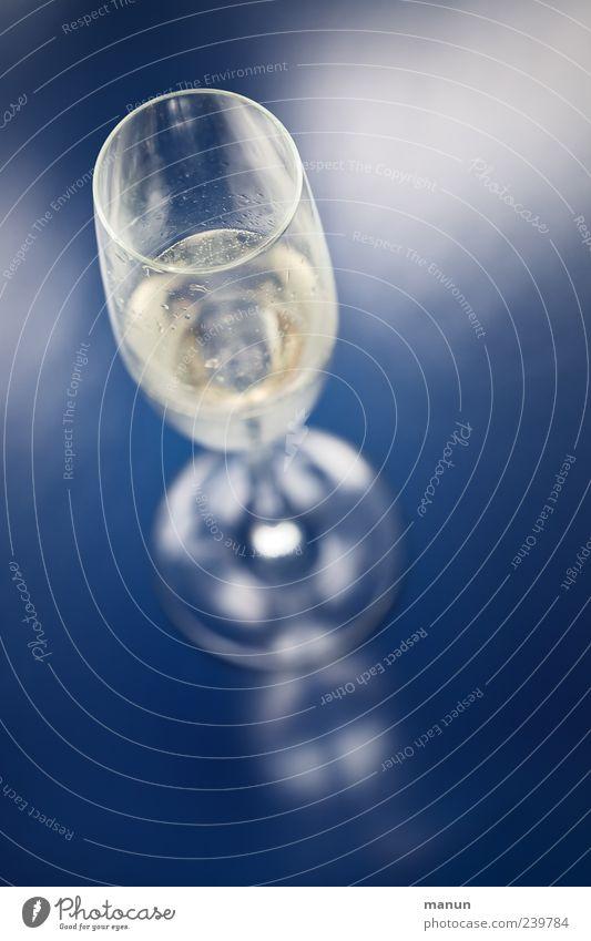 Blue Cold Feasts & Celebrations Glass Fresh Authentic Stand Lifestyle Beverage Wine Simple Pure Fluid To enjoy Joie de vivre (Vitality) Delicious