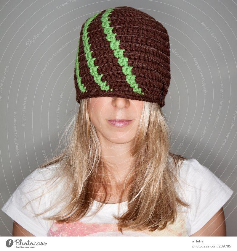 Human being Woman Green Beautiful Adults Face Feminine Fashion Line Brown Blonde Wait 18 - 30 years Lifestyle T-shirt Mask