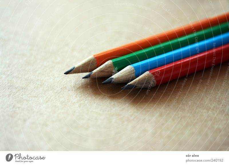 Blue Green Red Wood Orange Round Point Education Creativity Write Draw Cardboard Pen Pencil Fashioned Macro (Extreme close-up)