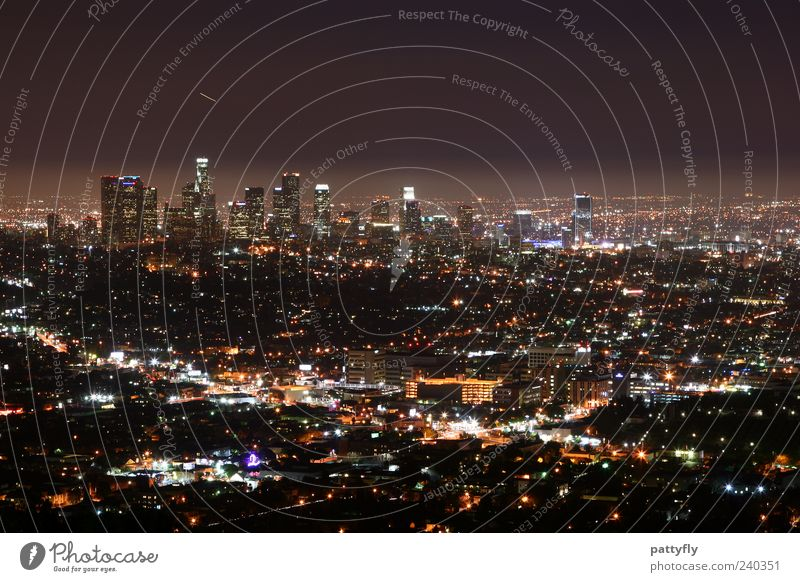 L.A. Downtown by night... Los Angeles USA Americas Town Skyline Building Glittering Lighting Illuminate Dark Gigantic Large Moody Symmetry Far-off places