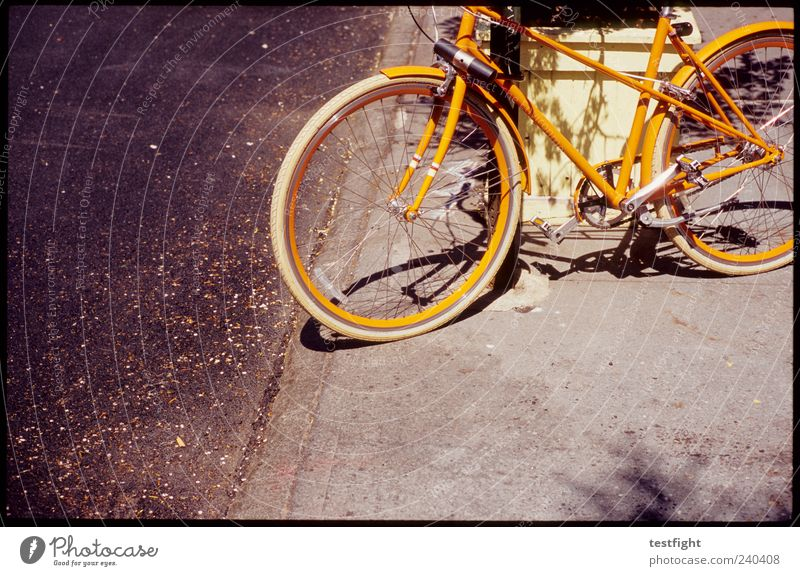 Old Yellow Street Bicycle Orange Exceptional Trashy Parking Nerdy Plant Fruit Ladies' bicycle