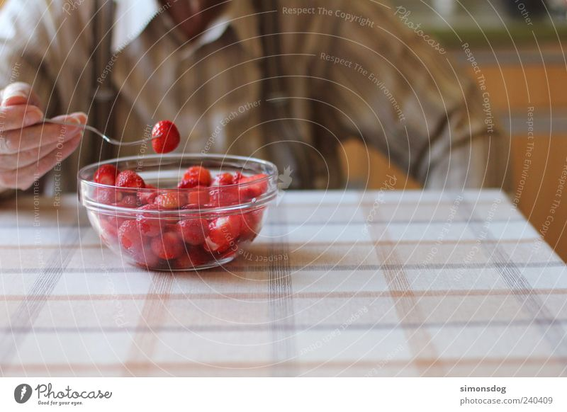strawberries connoisseur Fruit Dessert Nutrition Eating Organic produce To enjoy Illuminate Healthy Delicious Juicy Sweet Red Strawberry Dinner table
