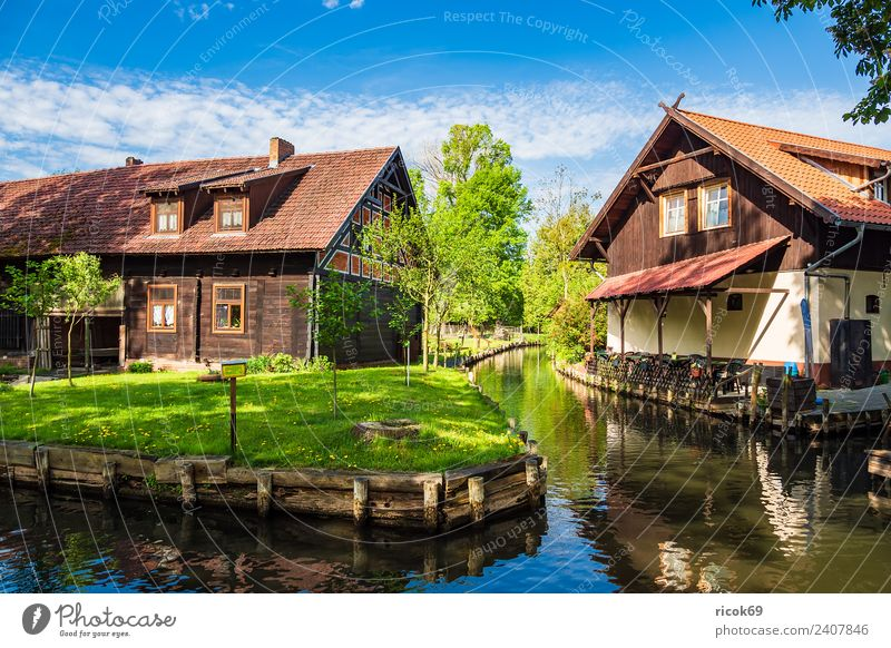 Building in the Spreewald in Lehde Relaxation Vacation & Travel Tourism House (Residential Structure) Nature Landscape Water Spring Tree Forest River Village