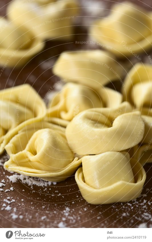 Raw Tortellini Dough Baked goods Dry food tortelloni pasta stuffed filled cooking Italian form Mediterranean Flour Vertical ingredient uncooked shape