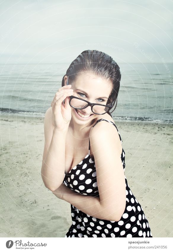 Day at the sea (2) Feminine Young woman Youth (Young adults) Face 1 Human being 18 - 30 years Adults Water Horizon Summer Waves Beach Baltic Sea Looking Brash