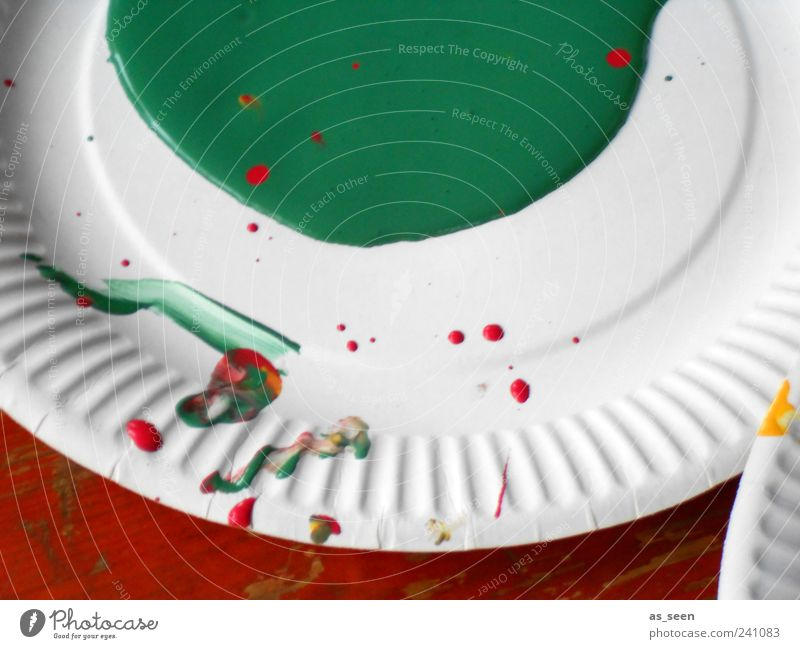 green Plate Leisure and hobbies Art Decoration Make Esthetic Dirty Fluid Original Round Green Red White Determination Passion Colour Idea Uniqueness Creativity