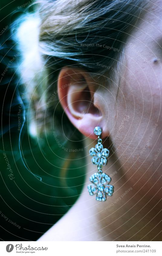 india. Feminine Young woman Youth (Young adults) Woman Adults Skin Head Hair and hairstyles Ear 1 Human being Accessory Jewellery Earring Blonde Elegant