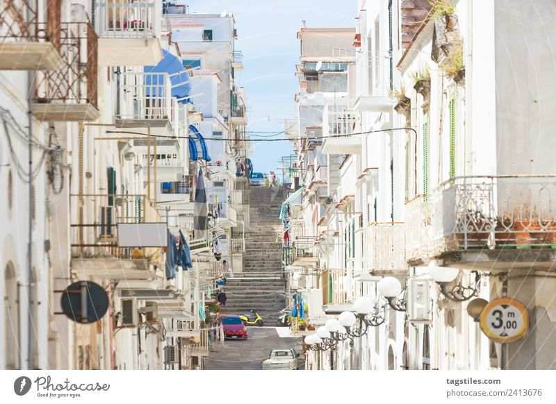Vieste, Apulia - Alleyway through the city center of Vieste Architecture Balcony Building Calm Motor vehicle City Facade Fishing village Historic Old town
