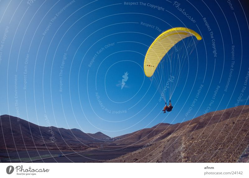 Only flying is more beautiful IV Flying sports Paraglider Sports nova Mountain Sky