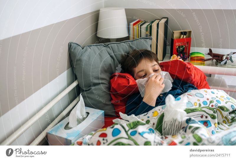 Cold child lying on the bed Lifestyle Illness Lamp Bedroom Child Human being Boy (child) Man Adults Infancy Book Toys Authentic Fatigue Lie (Untruth) cold