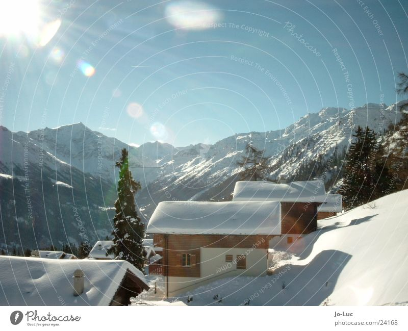 under plain cover Winter Vacation & Travel White House (Residential Structure) Ski hut Europe Snow Sun Sky Hut