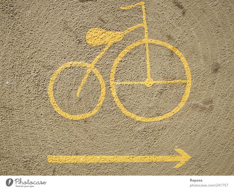 the yellow bike Lifestyle Style Joy Leisure and hobbies Trip Bicycle House (Residential Structure) Wall (barrier) Wall (building) Means of transport Street