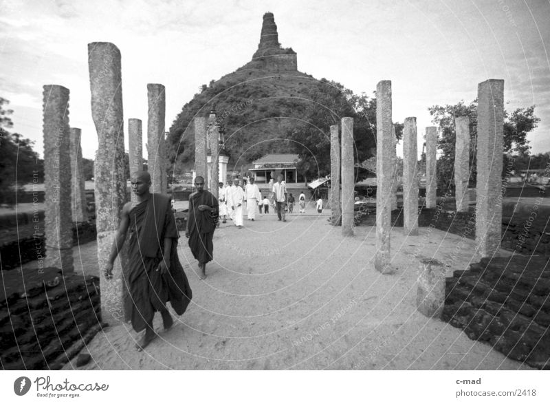 Monks in front of Stupa - Sri Lanka Los Angeles Human being Black & white photo Architecture