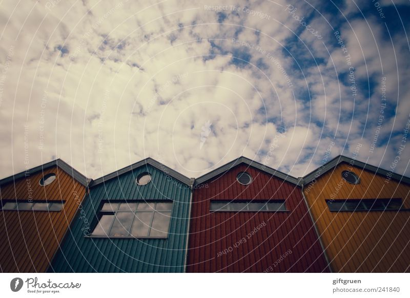 Sky Blue Red Clouds House (Residential Structure) Yellow Window Wall (building) Architecture Small Wall (barrier) Building Facade Perspective Exceptional Roof