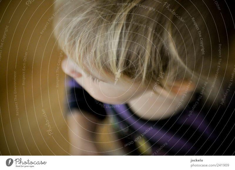 Au cheek Masculine Child Head 1 Human being 1 - 3 years Toddler Blonde Growth Multicoloured Anticipation Trust Purity Colour photo Interior shot Blur