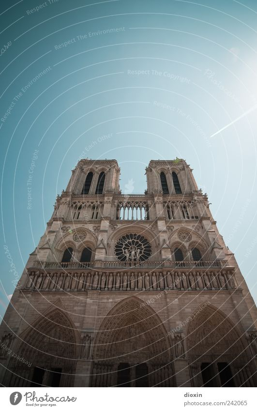 Notre-Dame de Paris Vacation & Travel Tourism Sightseeing City trip Sky Cloudless sky Sunlight Weather Beautiful weather France Europe Church Dome Tower