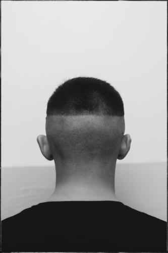 the back of the young man's head Human being Masculine Young man Youth (Young adults) Man Adults Body Skin Hair and hairstyles 1 18 - 30 years Youth culture