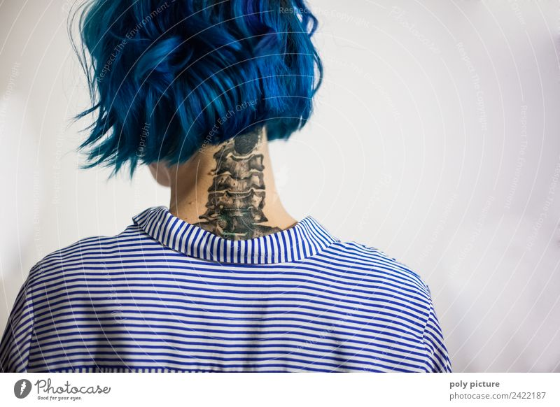 [AM102] - Columna vertebralis ferro picta Hair and hairstyles Life Feminine Young woman Youth (Young adults) Back Neck 18 - 30 years Adults Youth culture