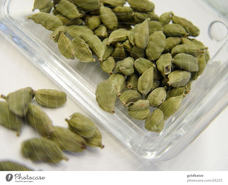 Green Nutrition Food Healthy Sweet Herbs and spices Delicious Odor Exotic Seed Tin Sense of taste Supply Food photograph Asian Food Cardamom